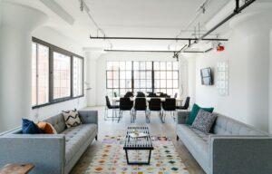 Comment installer un plafond tendu ?